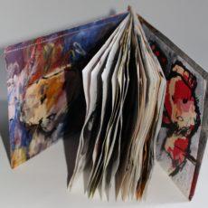 Vreemde wereldvreemde wereld, gemengde techniek, 21,5 x 15 x 2 cm, met pagina's van verschillende formaten, 2016